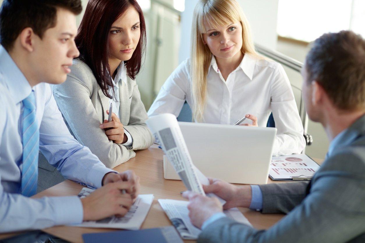 Office-teamwork-512902792_1258x839.jpeg
